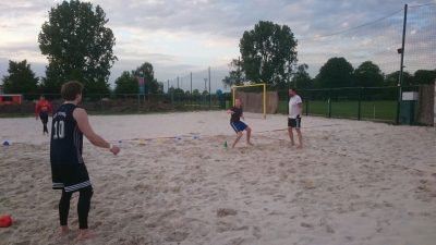 Krefelds Beachhandballverein startet in die Beachhandball Saison 2018
